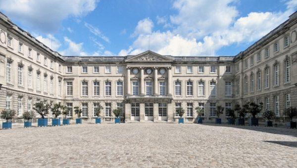Entre le palais de Compiègne et Senlis